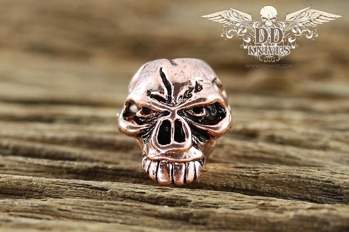 หัวกระโหลกสำหรับแต่ง Lanyard Schmuckatelli Emerson Skull Bead, Antique Copper Plated (EAC)