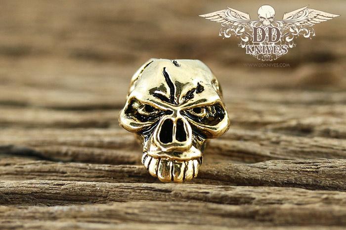 หัวกระโหลกสำหรับแต่ง Lanyard Schmuckatelli Emerson Skull Bead, Antique 18K Gold Plated (EAG)