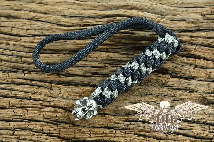 Lanyard สำหรับห้อยมีด Schmuckatelli Pewter Fang Skull Lanyard, Black/Camo (FBLBDCP)