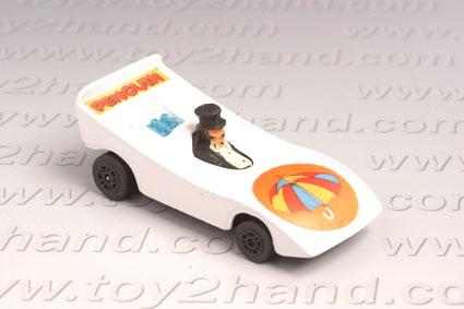 รถเหล็ก Corgi Comics  Penguinmobile