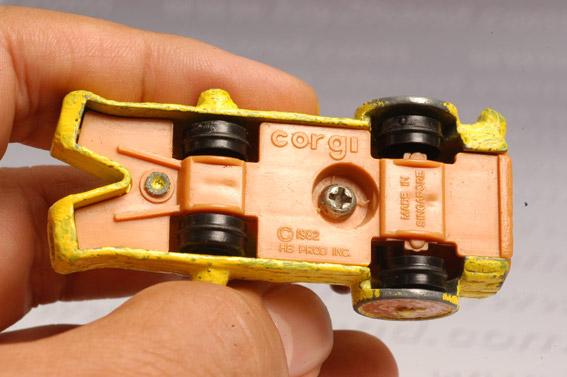 รถเหล็ก Corgi  Wilma\'s Coupe จากการ์ตูนชุด Flinstone 2