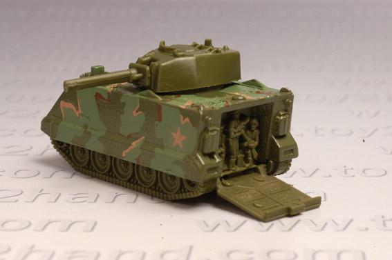 รถเหล็กทหาร Hot Wheels  Battle Tank 1