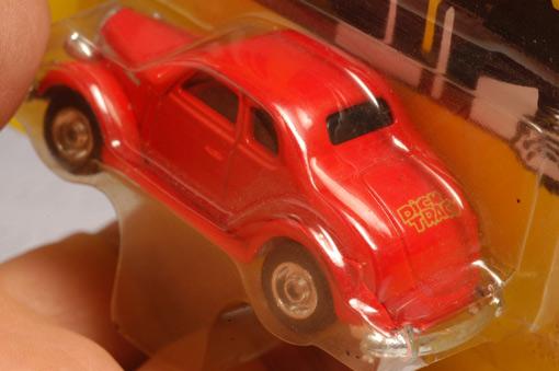 รถเหล็กของ ERTL - Tess\'s Car จากภาพยนตร์การ์ตูนเรื่อง Dick Tracy 2