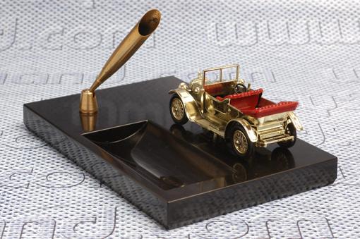 รถเหล็กบนแท่นปากกา MOY-Y13 1911 Daimler 1