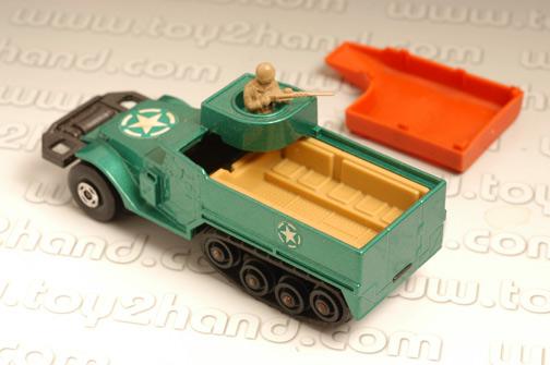 รถเหล็ก Matchbox Battle King No.K108A - M3A1 Half Track 1