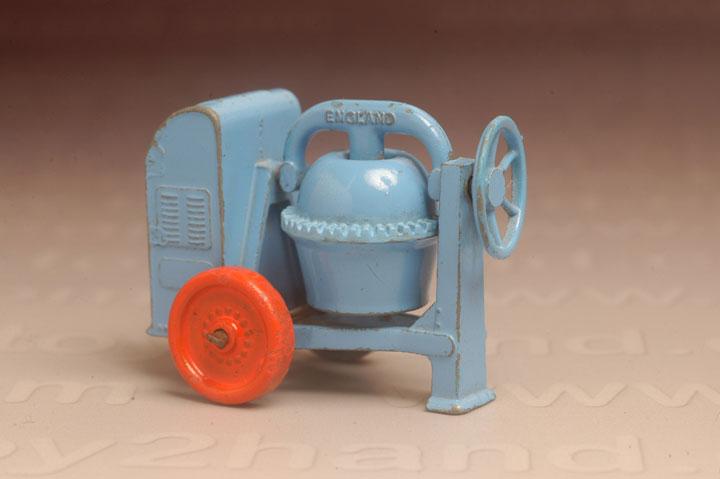 รถเหล็ก Matchbox Regular Wheels No.3A  Cement Mixer