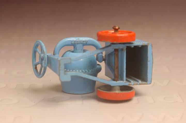 รถเหล็ก Matchbox Regular Wheels No.3A  Cement Mixer 2