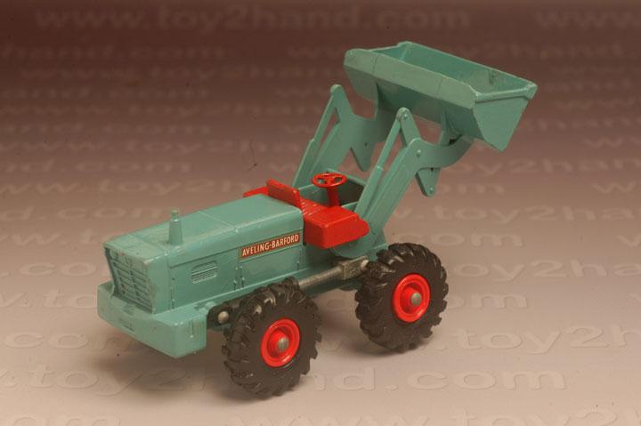 รถเหล็ก Matchbox King Size No.K10A – Aveling Barford Tractor Shovel 1