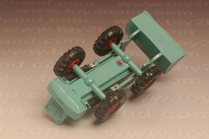 รถเหล็ก Matchbox King Size No.K10A – Aveling Barford Tractor Shovel 2