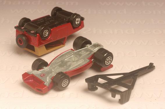 รถเหล็ก Matchbox Twin Packs No.TP9A – Field Car and Team Matchbox 3