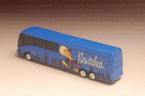 รถเหล็ก Matchbox Collectibles No.37960 – MCI Coach (Bewitched) 1