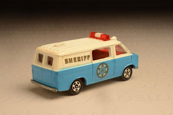 รถเหล็ก Tomica No. F9-2 Chevrolet Chevy Van 1