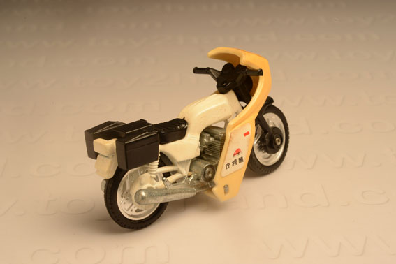 รถเหล็ก Tomica No.4-6 Honda Police Bike 1