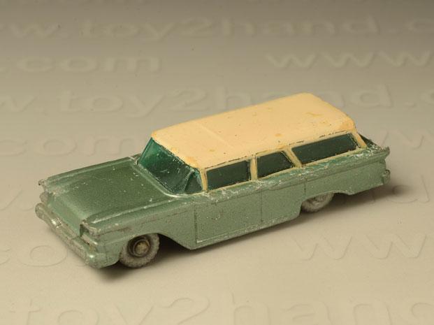 รถเหล็ก Matchbox Regular Wheels No. 31B Ford Fairlane Wagon