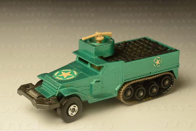 รถเหล็ก Matchbox Battle King No.BK 108 – M3AI Half Track A.P.C.