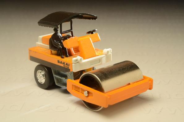 รถเหล็ก Grip Xechn No.2 Saki Road Roller SV-100