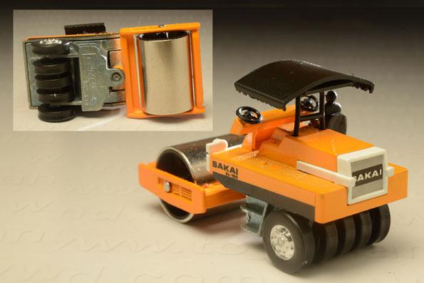 รถเหล็ก Grip Xechn No.2 Saki Road Roller SV-100 1