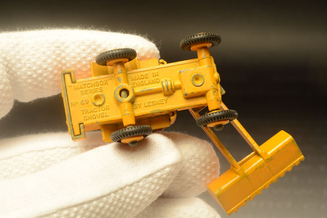 รถเหล็ก Matchbox Regular Wheels No.69 Hatra Tractor Shovel 2