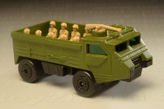 รถเหล็ก Matchbox Superfast No.54 Pesonnel Carrier