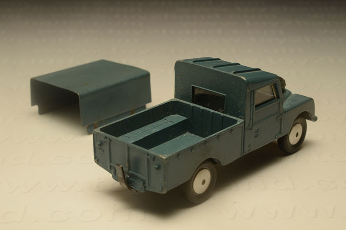 รถเหล็ก Corgi No.351 Land Rover RAF 1
