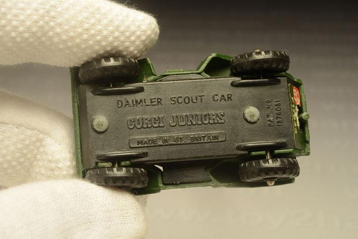 รถเหล็ก Corgi Junior No.84A Daimler Scout Car 2