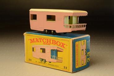 รถเหล็ก Matchbox Regular Wheels No.23C Trailer Caravan