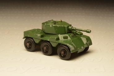 รถเหล็ก Matchbox  Regular  Wheels No.67A Saladin Armoured Car