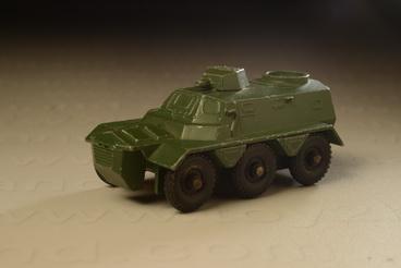 รถเหล็ก Matchbox  Regular  Wheels No.54A Saracen Personel Carrier