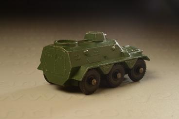 รถเหล็ก Matchbox  Regular  Wheels No.54A Saracen Personel Carrier 1