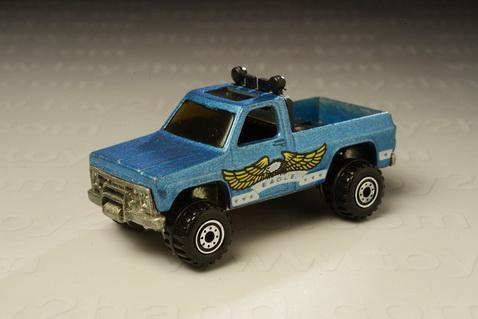 รถเหล็ก Hot Wheels - Bywayman Chevy Truck