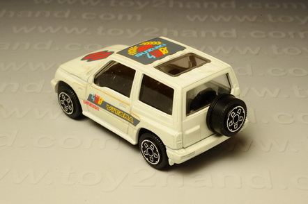 โมเดลรถเหล็ก Suzuki Vitara (First Edition 1998) 1