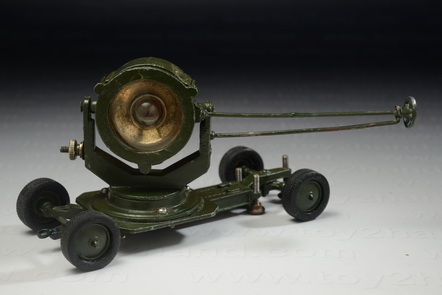 Searchlight Mobile, Britains no.1718, Made in England between 1946-1962, 13.5 cm.long