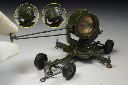 Searchlight Mobile, Britains no.1718, Made in England between 1946-1962, 13.5 cm.long 2