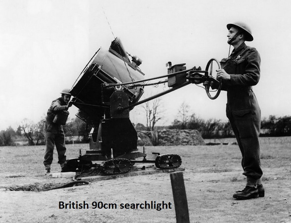 Searchlight Mobile, Britains no.1718, Made in England between 1946-1962, 13.5 cm.long 4