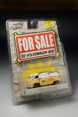 1962 VW Bus, Jada For Sale, Made in China by Jada Toys Inc.year 2006, 8.2 cm.long