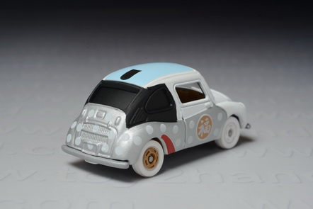 Subaru 360 (1958-1971), Tomica 2015 New Year Lucky Draw Version 1