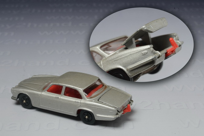 Jaguar XJ6 4.2, Corgi Junior no.39A 1