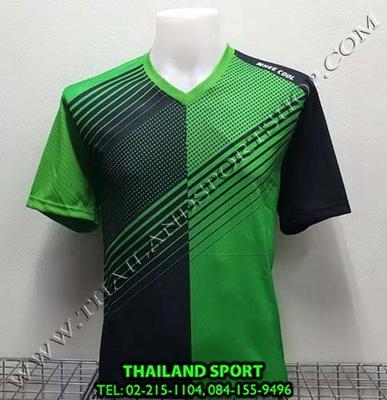 เสื้อกีฬา คอวี พิมพ์ลาย หมี คูล MHEE COOL รุ่น MV2 (สีเขียว)