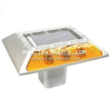หมุดสะท้อนแสงหน้าเดียวพร้อมไฟกระพริบ ชนิด Solar Cell
