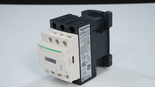 Magnetic contactor LC1D09M7