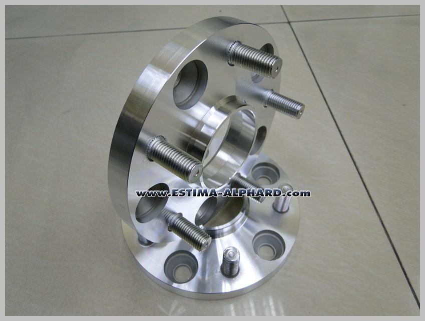 Spacer 15mm. with hubring, Made in Japan สเปเซอร์แบบมี hubกลาง ....ไม่มีสั่นแน่นอน !!