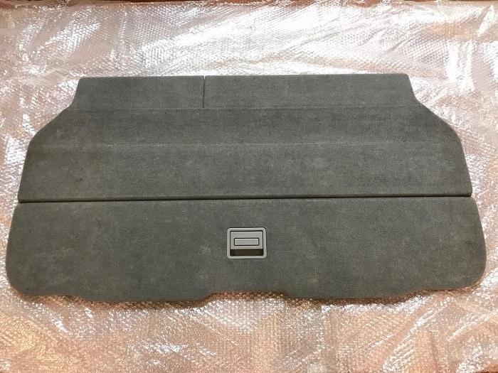 แผ่น Deckboard อุปกรณ์เสริมสำหรับเพิ่มเนื้อที่เก็บของท้ายรถ Estima (มือสอง)