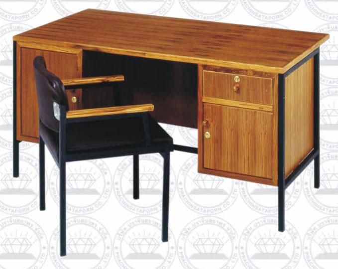 โต๊ะทำงานข้าราชกราระดับ3-6 พร้อมเก้าอี้
