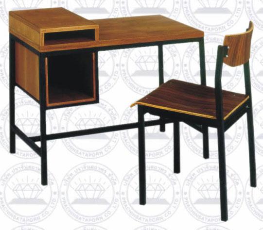 โต๊ะพิมพ์ดีดมาตรฐาน พร้อมเก้าอี้