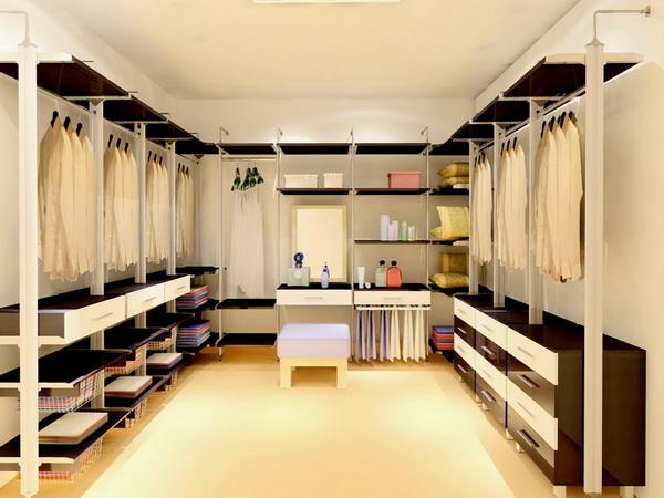 walk- in closet U-shape fittinghome001