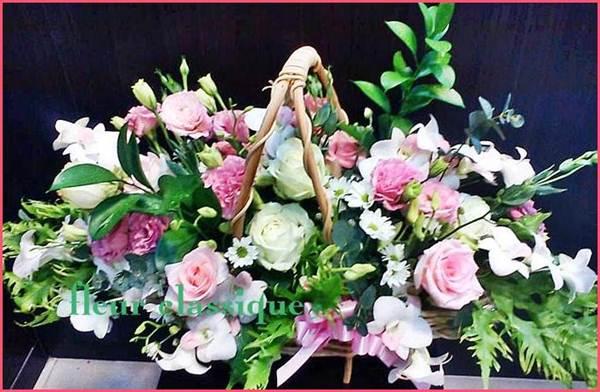กระเช้าดอกไม้สวย(flower basket)