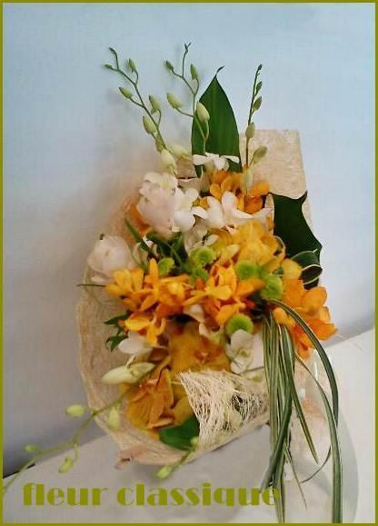 ช่อดอกกล้วยไม้ (orchid bouquet) 1