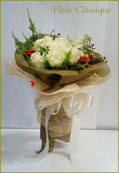 ช่อดอกกุหลาบสีขาว (roses bouquet) 1