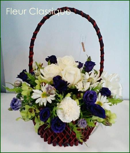 กระเช้าดอกกุหลาบ ไลเซนทัส(flower basket)