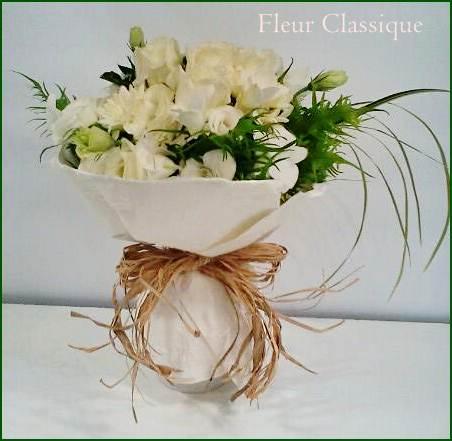 ช่อดอกไม้ขาว (bouquet) 1